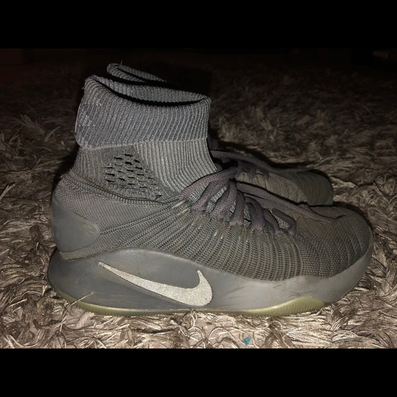 Pierwsze spojrzenie Zjednoczone Królestwo informacje o wersji na Nike Hyperdunk 2016 Flyknit Gray Basketball Shoes